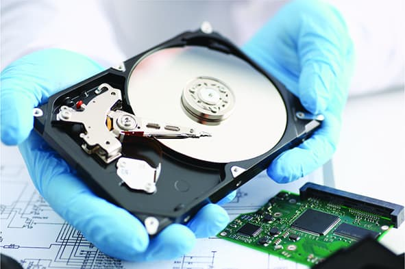 How to make use of specialized data recovery equipment?
