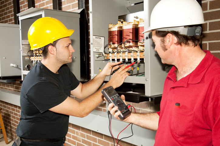 How To Get License For Electrical Contractors In Bradenton, FL
